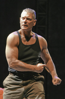 GLORY_-_Stephen_Lang_231.jpg